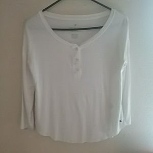 American Eagle outfitters soft n sexy white tee,xs